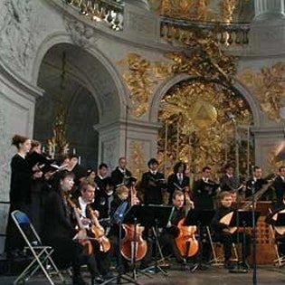 The Pages and the Chantres, the Symphonists of the Centre de musique baroque de Versailles
