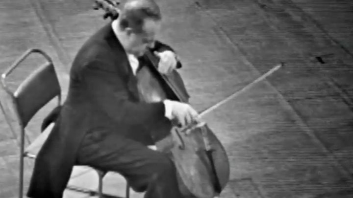 John Barbirolli performs Schumann's Cello Concerto