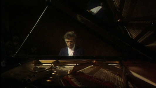 Vladimir Ashkenazy plays Rachmaninov's Etudes-Tableaux, Op. 39