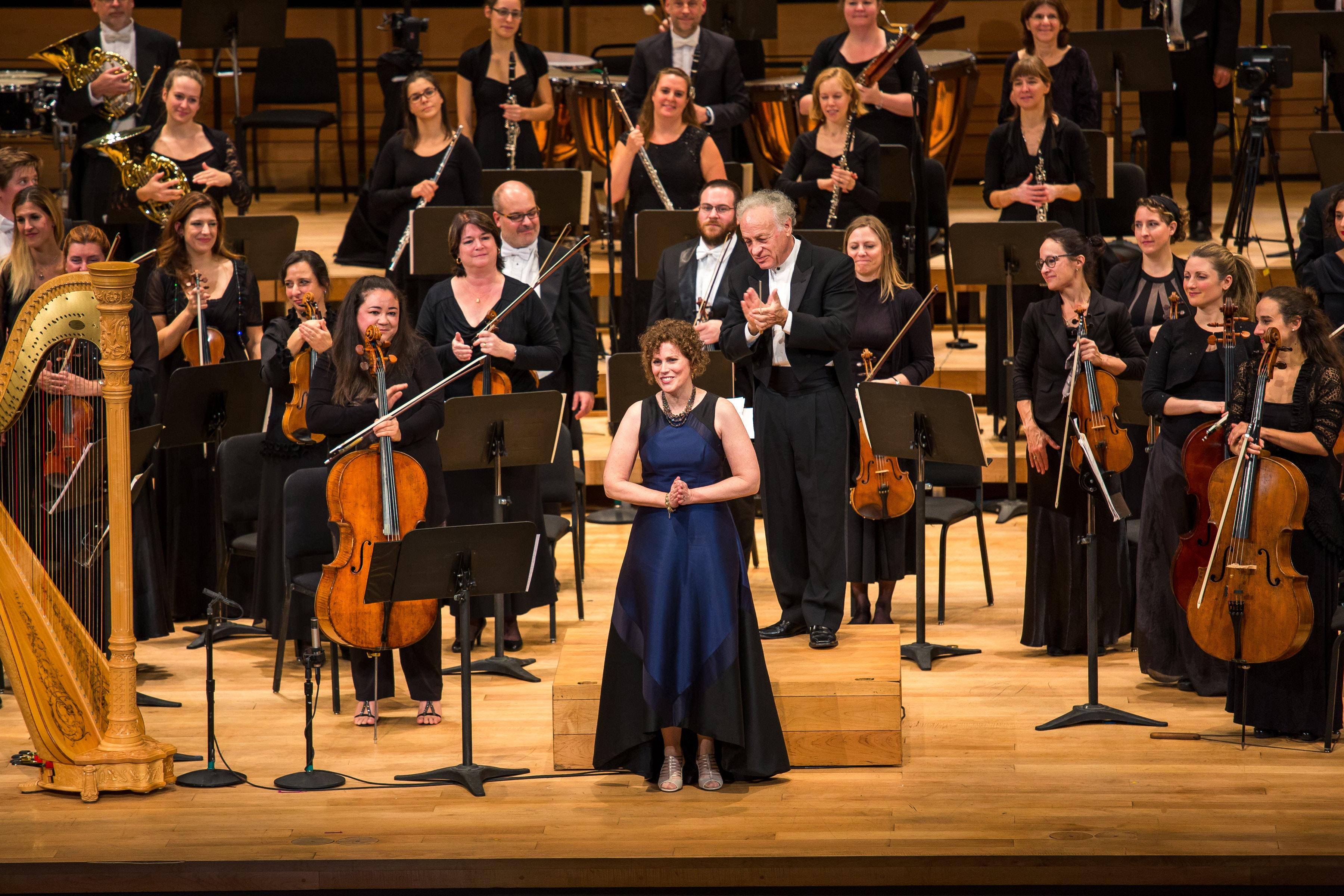 Yoav Talmi conducts Dorman, Murphy, and Mendelssohn – with Sharon Azrieli, Lara St. John, Erica Goodman, and Rachel Mercer
