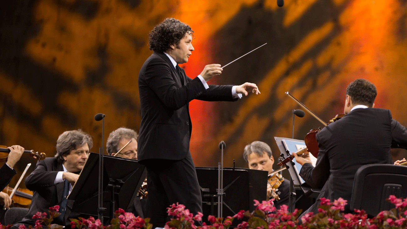 Gustavo Dudamel conducts Tchaikovsky and Brahms