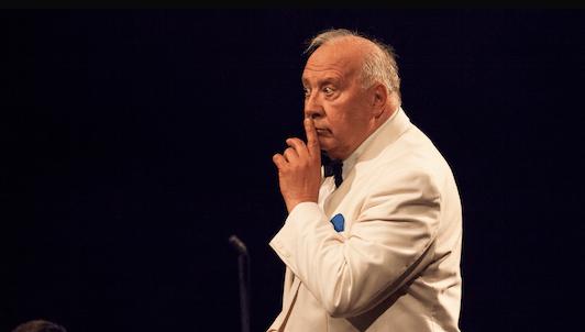 Charles Dutoit dirige la Symphonie n°5 de Tchaïkovski – Neeme Järvi dirige la Symphonie n°9 de Dvorák