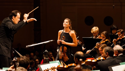 Andris Nelsons conducts Bartók and Shostakovich — With Janine Jansen