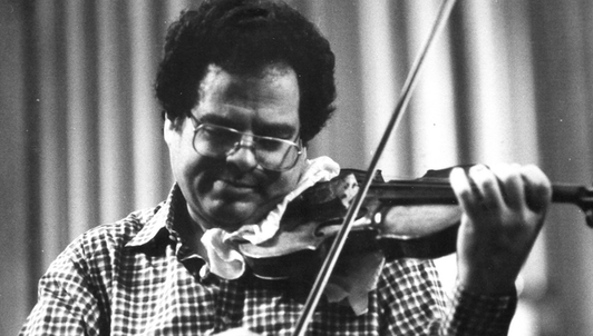 Itzhak Perlman plays Saint-Saëns and Elgar