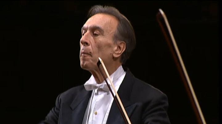 Claudio Abbado dirige la Symphonie n°4 de Beethoven