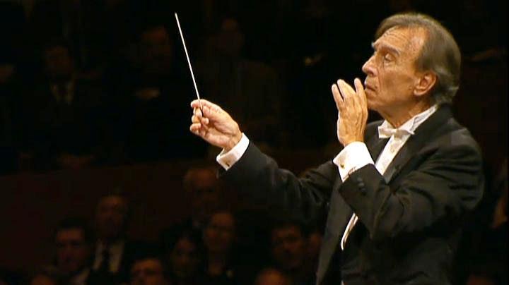Claudio Abbado dirige la Symphonie n°2, « Résurrection », de Mahler