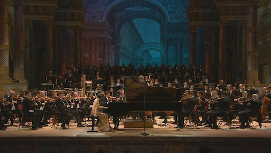 Concert for Peace: Vienna Philharmonic and pianist Yuja Wang mark 100 years since end of Great War