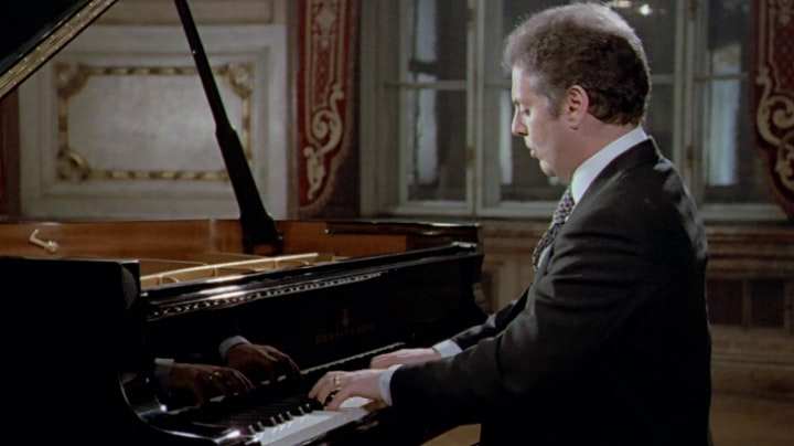 Daniel Barenboim plays Beethoven: Sonata No. 22