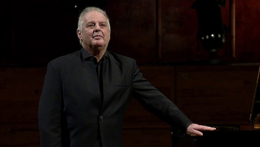 Daniel Barenboim performs Chopin