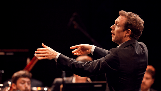 Daniel Harding conducts Mahler's Symphony No. 1