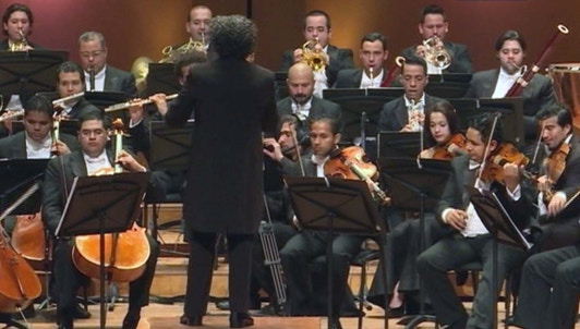 Dudamel's gift of Beethoven to brotherly Bogota