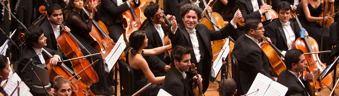 Gustavo Dudamel conducts Beethoven's Symphony No. 9