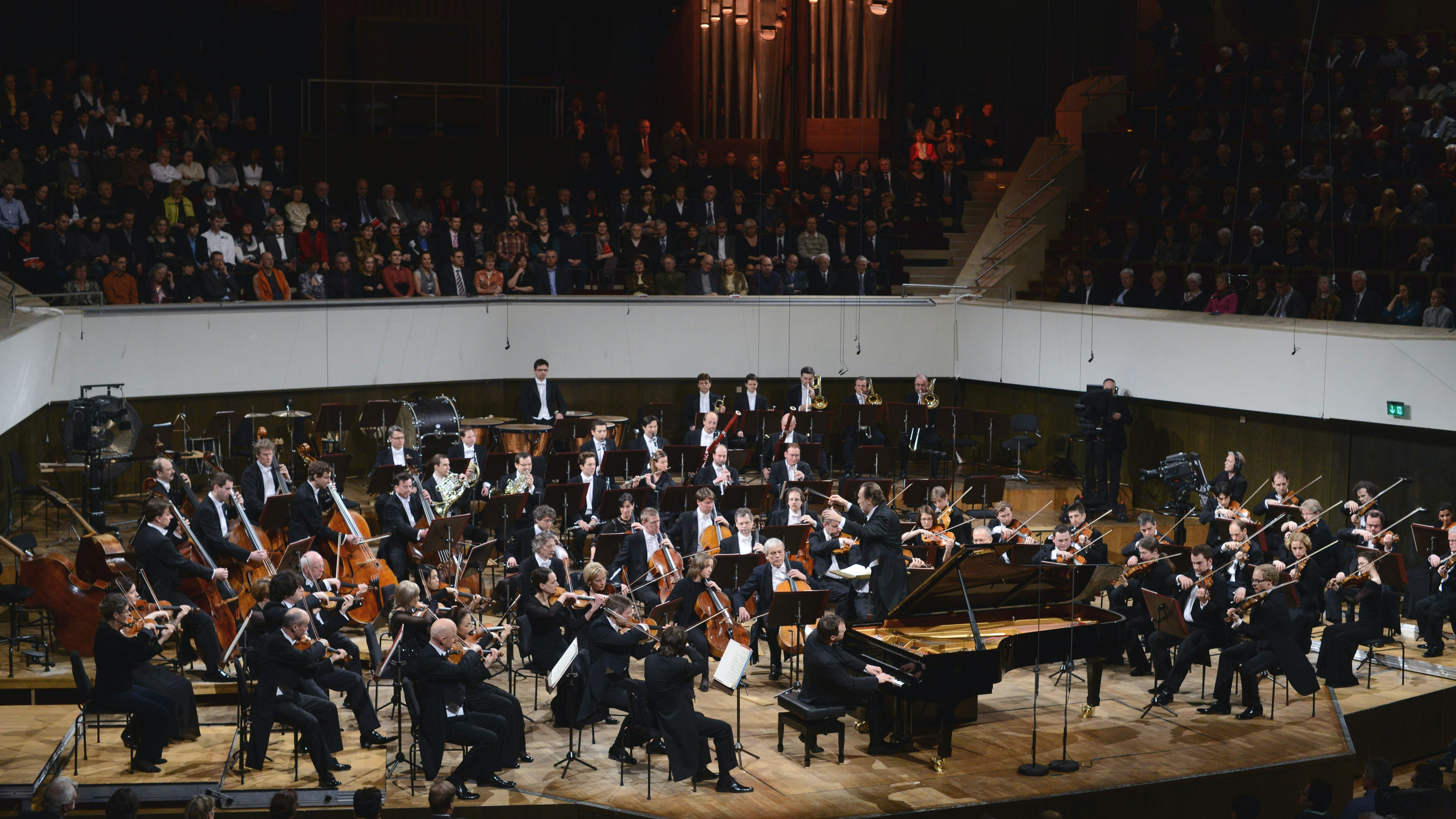 Riccardo Chailly conducts Grieg's Concerto for Piano and Orchestra in A Minor – With Lars Vogt