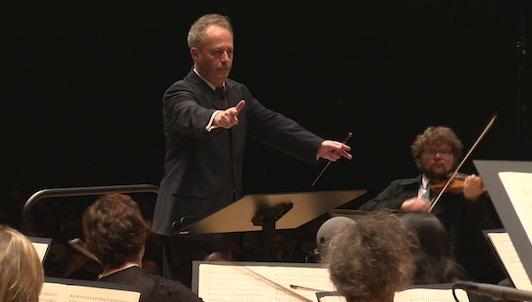 Emmanuel Krivine et La Chambre Philharmonique interprètent Beethoven: Symphonies n°8 et 5