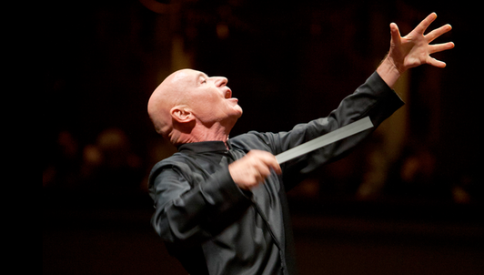 Christoph Eschenbach conducts Beethoven's Symphony No. 9