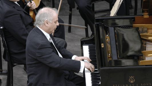 Simon Rattle and Daniel Barenboim play Brahms' Piano Concerto No. 1