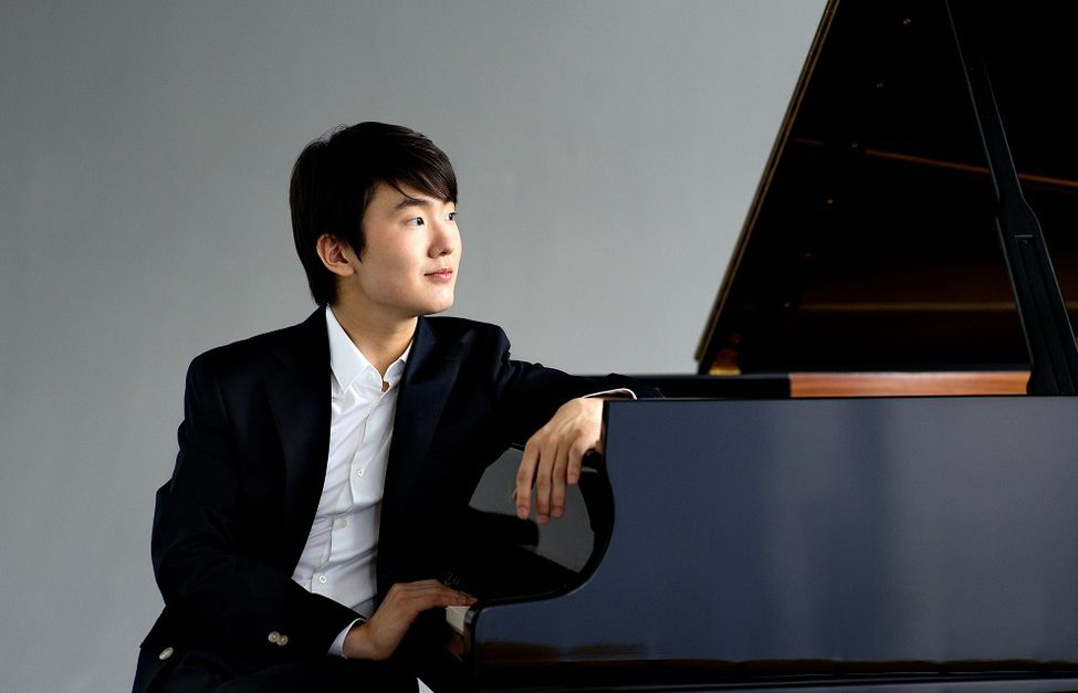 Gianandrea Noseda conducts Zubel, Chopin, and Tchaikovsky – With Seong-Jin Cho