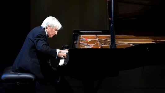 Joaquín Achúcarro interpreta a Albéniz, Debussy, Granados, Ravel, de Falla y Scriabin