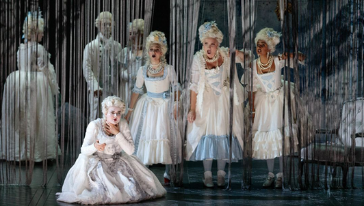 Les fantômes de Versailles de John Corigliano