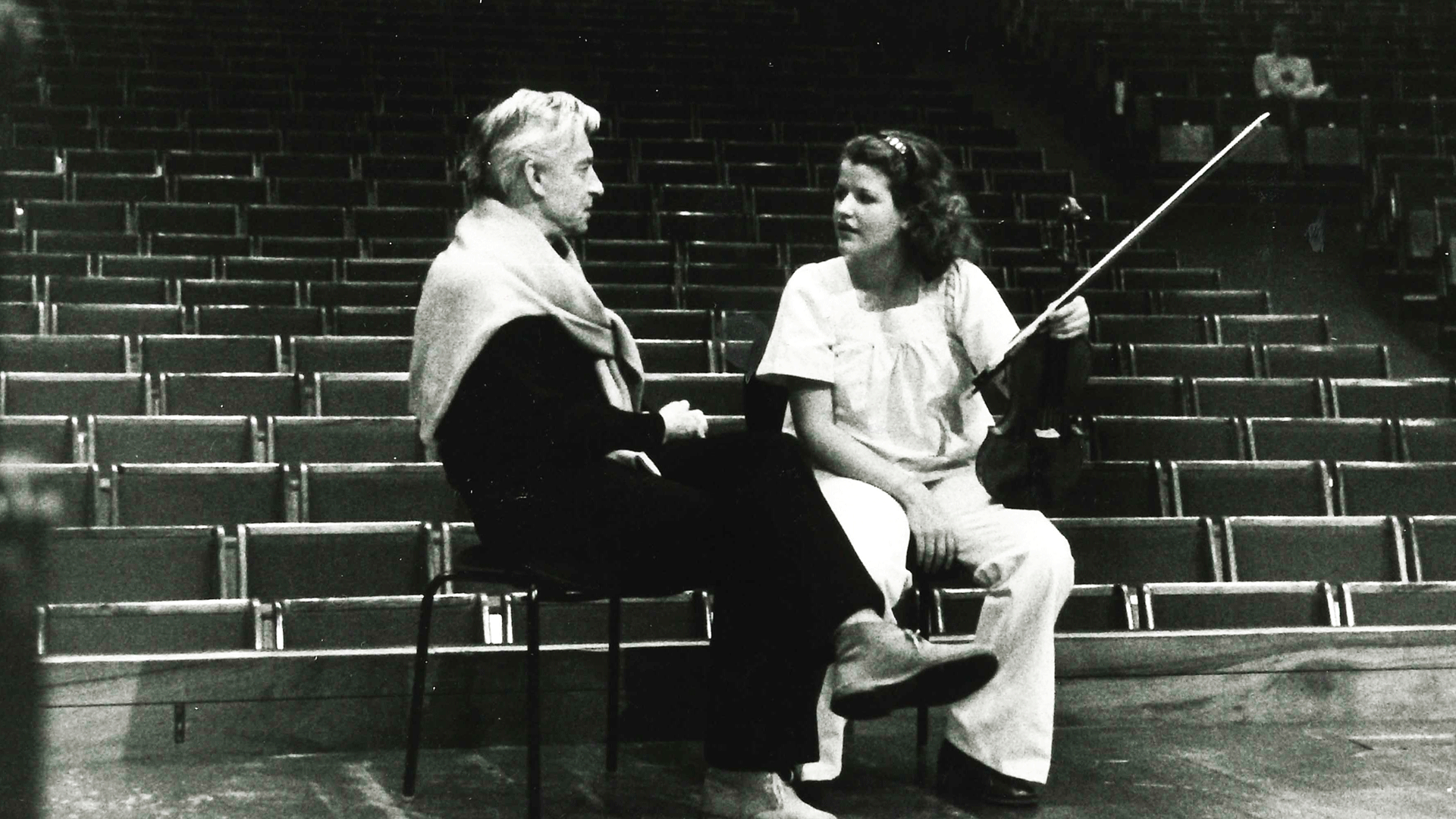 Herbert von Karajan conducts two masterpieces by J.S. Bach – With Anne-Sophie Mutter