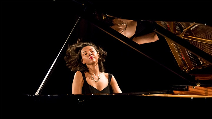 Khatia Buniatishvili plays Mussorgsky, Liszt, Chopin and Ravel
