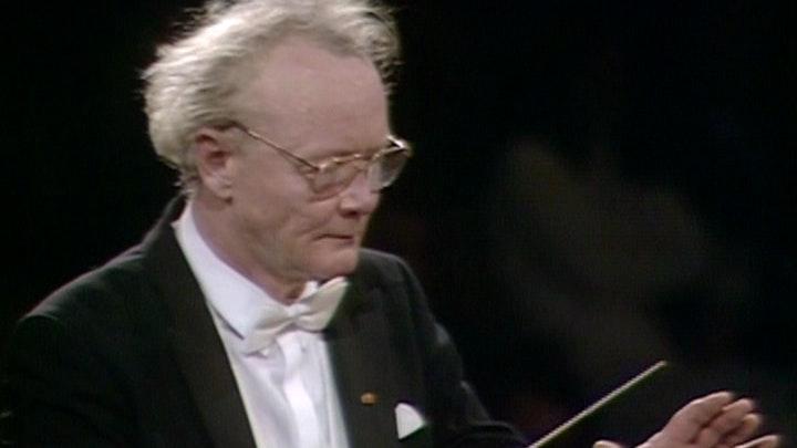 Klaus Tennstedt dirige Mahler : Symphonie n°5