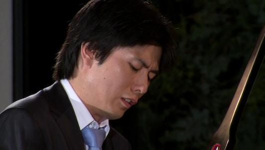 Kotaro Fukuma dans un récital Liszt