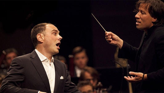 Kristjan Järvi conducts Milhaud, Mahler and R. Strauss – With Stephan Genz