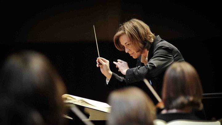 Laurence Equilbey dirige Mozart, Beethoven et Weber – Avec Nuria Rial, Marianne Crebassa, Benjamin Hulett et Johannes Weisser