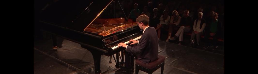 Lucas Debargue plays Schubert and Liszt