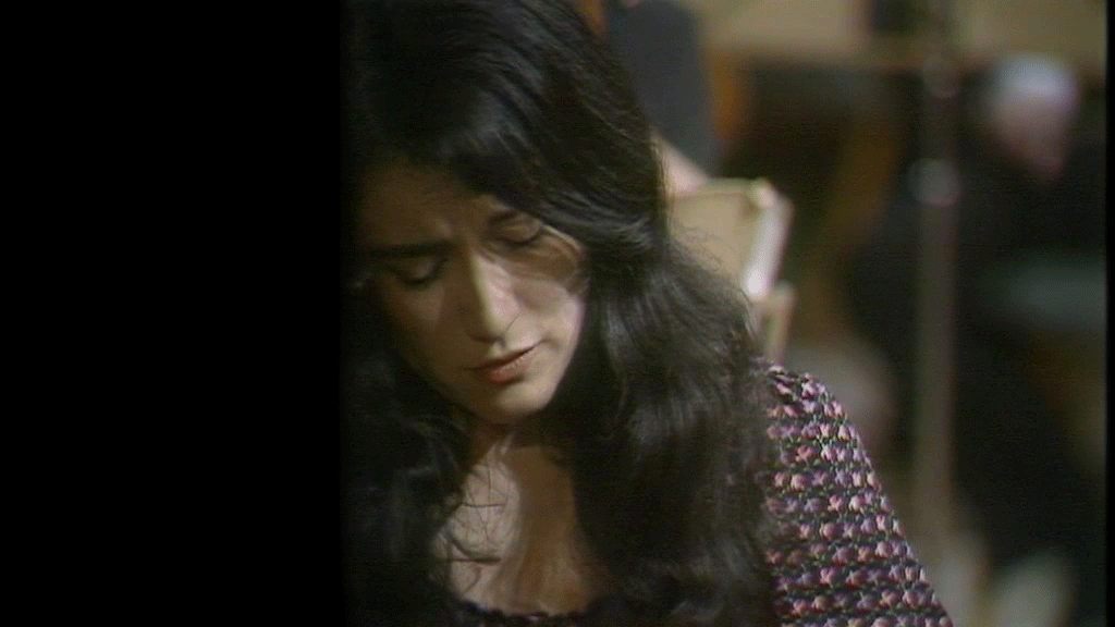 Martha Argerich plays the Prokofiev's Piano Concerto No. 3