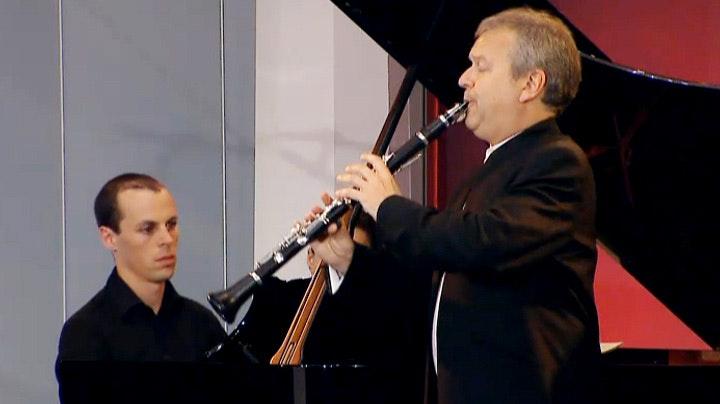 Michael Collins et Julien Quentin jouent Mozart, Weber et Poulenc