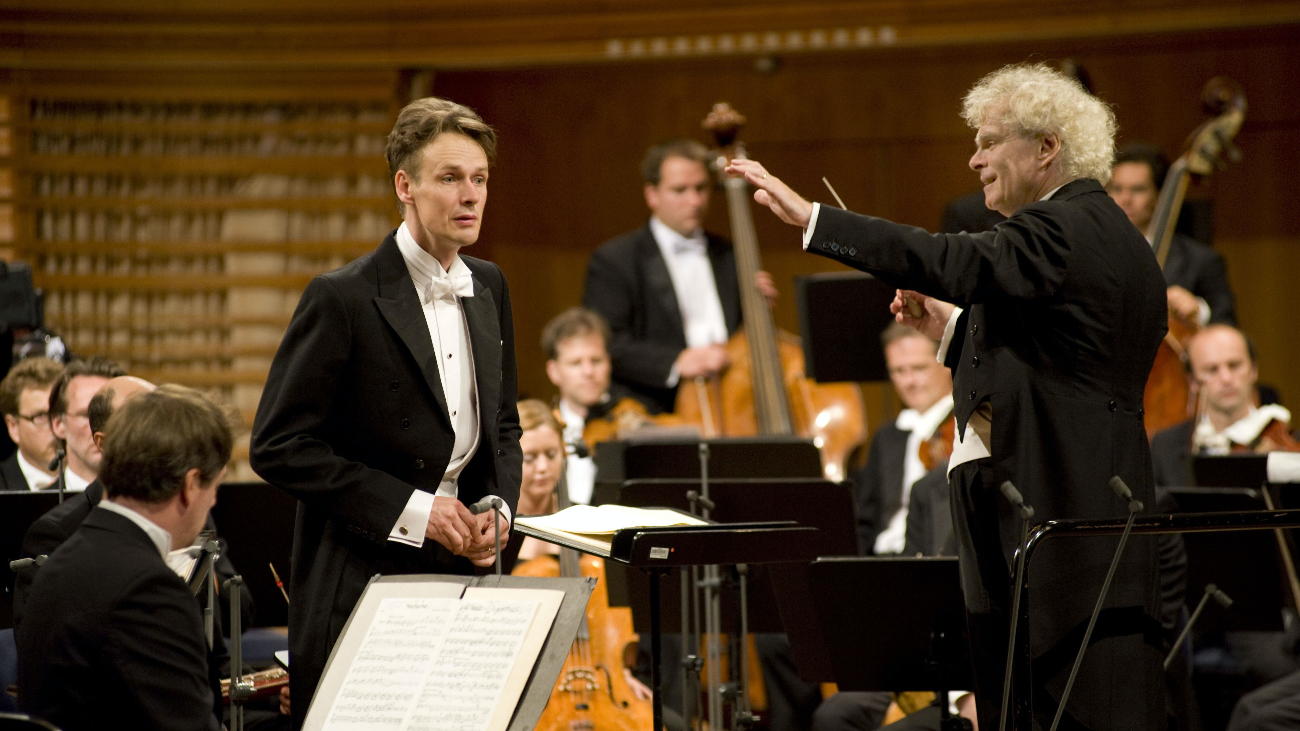 Sir Simon Rattle conducts Britten and Bruckner – With Ian Bostridge