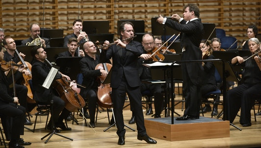 NEW VOD: Jakub Hrůša conducts Mozart, Schumann, and Mendelssohn — With Emmanuel Pahud