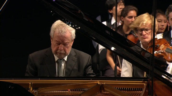 Nelson Freire and Charles Dutoit perform Brahms and Stravinsky: Piano Concerto No. 2, Petrushka