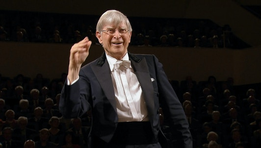 Herbert Blomstedt conducts Nielsen's Sinfonia espansiva and Beethoven's Symphony No. 7