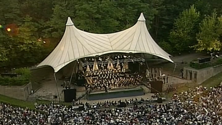 A Romantic Opera Night at the Waldbuhne