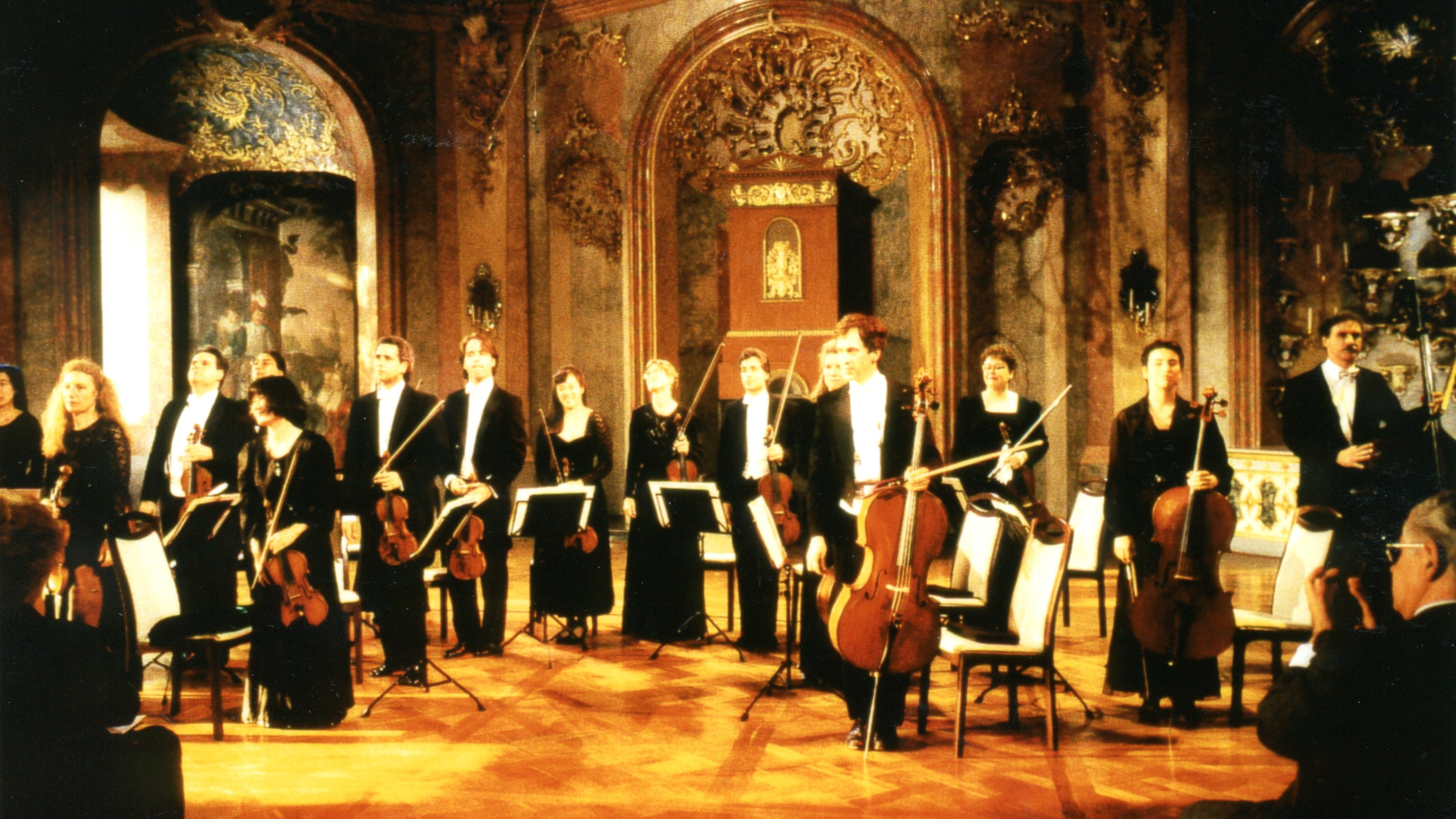 The Orpheus Chamber Orchestra plays Rossini, Haydn, Dvořák and Bartók