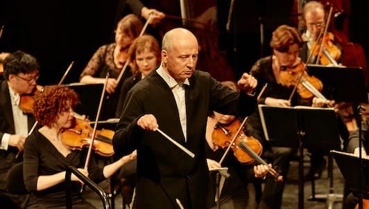 Paavo Järvi dirige la Symphonie n°1 de Brahms