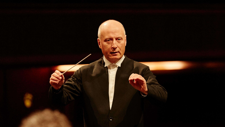 Paavo Järvi conducts Brahms's Symphony No. 2