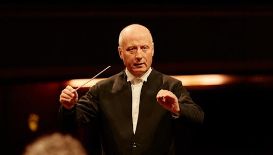 Paavo Järvi dirige la Sinfonía n.° 2 de Brahms