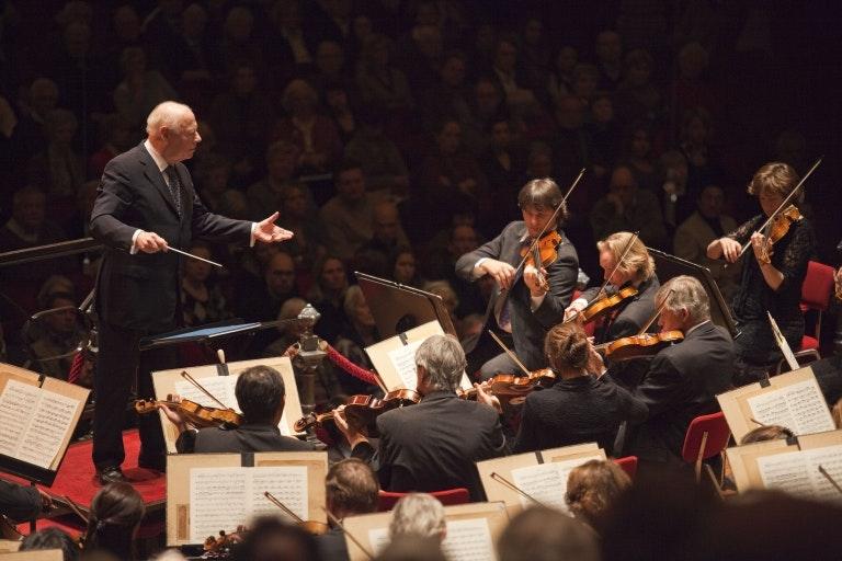 Pierre Boulez conducts Mahler's Symphony No. 7