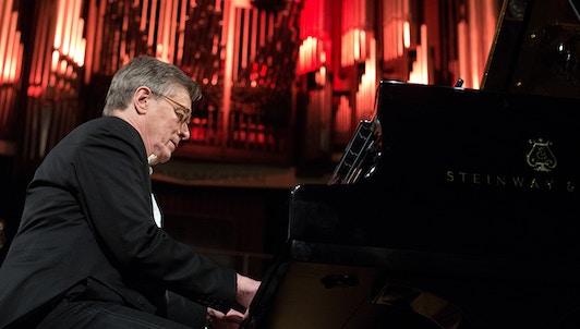 Peter Serkin interpreta el Concierto para piano de Reger