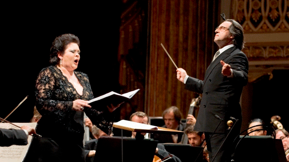 Riccardo Muti and Violeta Urmana perform Verdi, Martucci and Schubert