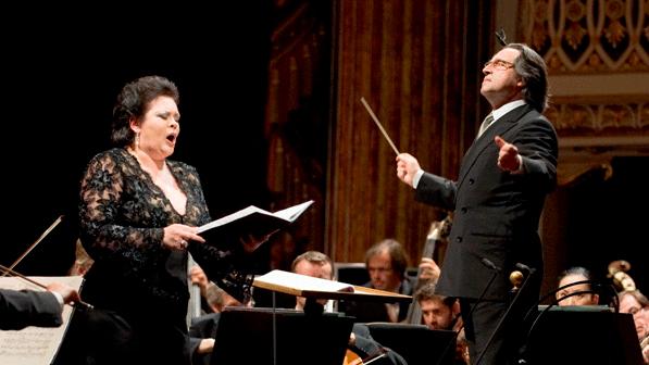 Riccardo Muti et Violeta Urmana interprètent Verdi, Martucci et Schubert