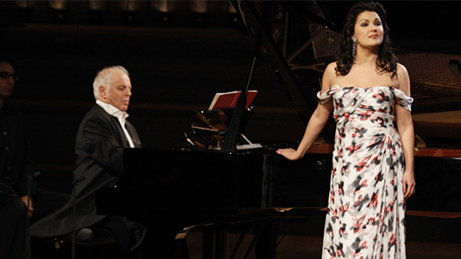 https://medicitv-c.imgix.net/movie/russian-songs-netrebko-barenboim_d_vcknpYZ.jpg?auto=format&q=85