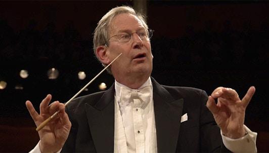 Sir John Eliot Gardiner dirige Dvořák et Mozart – Avec l'Orchestre philharmonique royal de Stockholm