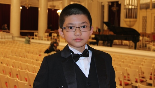 Tinghong Liao plays Schumann's Piano concerto in A Minor, Op. 54