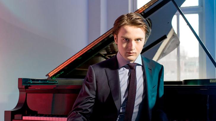 Daniil Trifonov plays Mompou, Schumann, Grieg, Barber, Tchaikovsky, Rachmaninov, and Chopin
