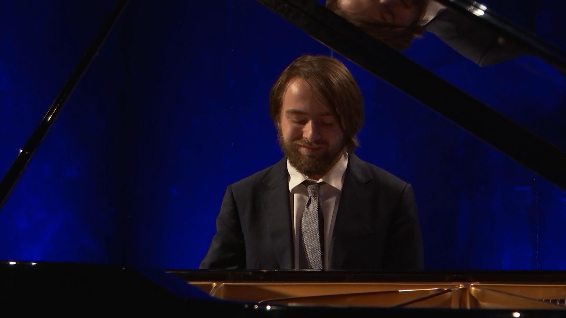 Daniil Trifonov joue Mompou, Schumann, Grieg, Barber, Tchaïkovski, Rachmaninov et Chopin